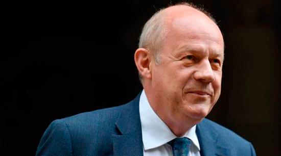 May nombra a Damian Green como primer secretario de Estado