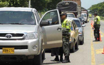 Policía y Ejército le ponen freno al contrabando de ganado en Cesar y La Guajira
