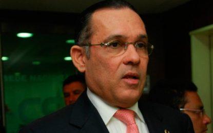 Efraín Cepeda, nuevo presidente del Senado