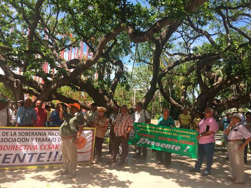 Pensionados marcharán este martes contra Juan Manuel Santos