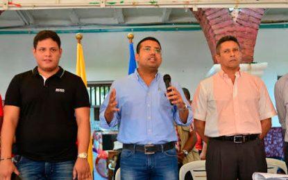 Alcalde de Valledupar anunció aporte de $300 millones para becas faltantes a estudiantes de la UPC