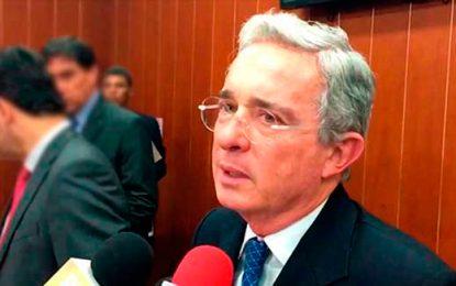 Uribe: no tengo información privilegiada, ciudadanos me advierten sobre interceptaciones