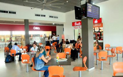Cerca de 300 pasajeros afectados por cancelación de dos vuelos de Avianca en Valledupar
