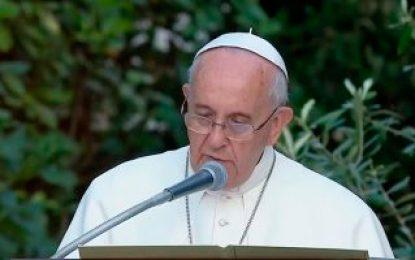 El papa hace una oración por México tras terremoto que deja más de 200 víctimas