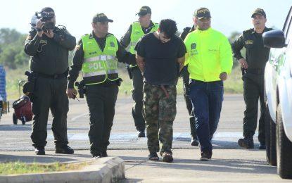 Con antiguas armas de las Farc habrían realizado robo de avioneta en Aguachica, Cesar