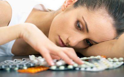 Tratamientos contra depresión deben ser menos dependientes de medicamentos