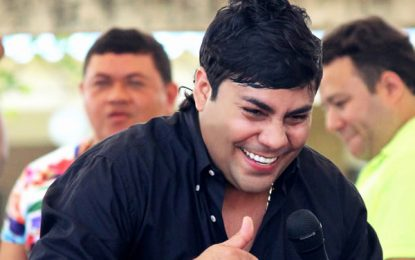 Dijín captura al cantante Churo Díaz en Santa Marta