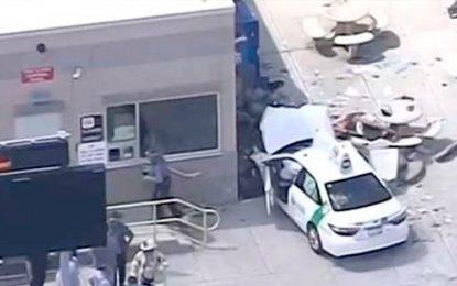 10 heridos deja taxi que impactó contra un grupo de peatones en Boston
