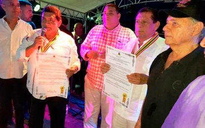 Los Hermanos Zuleta se reencontraron, cantaron y fueron condecorados en Barranquilla