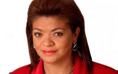 Con investigación en su contra, presidente Santos posesionará a nueva superintendente de Notariado y Registro