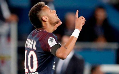 Neymar fue operado con éxito