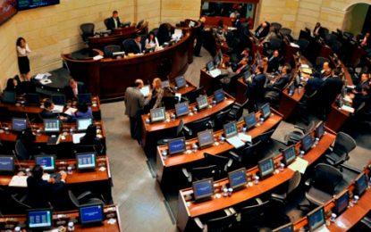 Procuraduría abrió investiga contra 8 congresistas