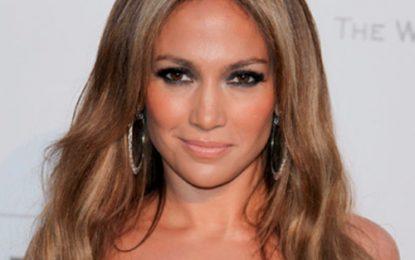 Jennifer Lopez donó un millón de dólares a Puerto Rico por huracán María