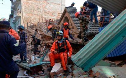 30 colombianos apoyaran labor de rescate en México