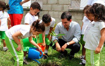 Con actividades, Gobierno conmemora el Día del Árbol