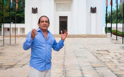 Rafa Manjarrez fue homenajeado en la Jagua del Pilar, Guajira