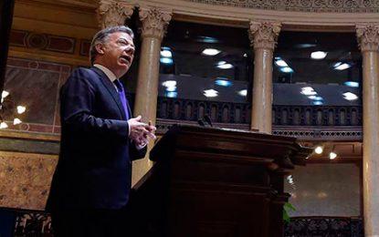 Santos reitera que es necesario cambiar estrategia mundial para combatir el narcotráfico