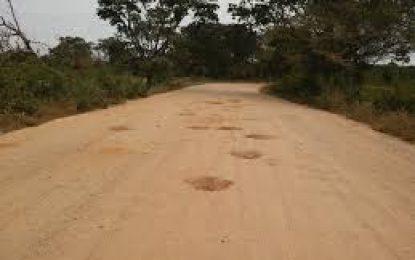 Abren licitación para pavimentar la vía Mandinguilla-Chimichagua