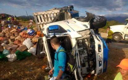 Cinco heridos, entre ellos dos menores, en accidente en el sur del Cesar