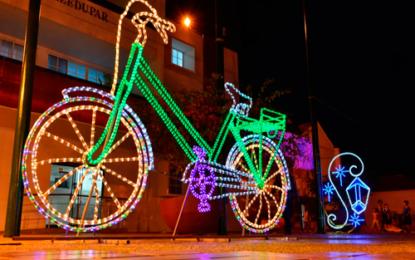 453 figuras y más de dos millones de luces alumbran la Navidad en Valledupar