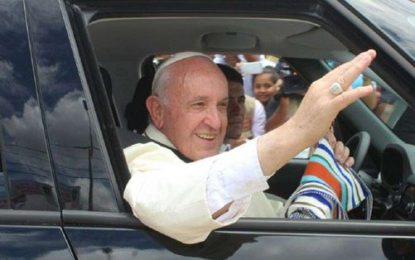 """El Papa Francisco invita a luchar contra la """"plaga"""" del feminicidio en el Continente Americano"""