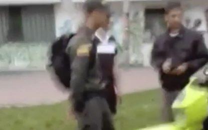 Auxiliar de Policía fue capturado por robarle el celular a una mujer en Bogotá