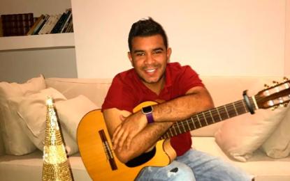 Jueves acústico, la nueva conexión con Andrés Ariza Villazón