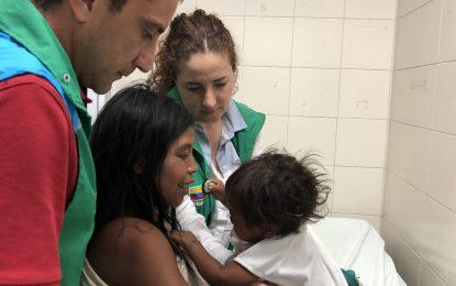 Rescatan tres niños indígenas con graves problemas de salud en la Sierra Nevada de Santa Marta
