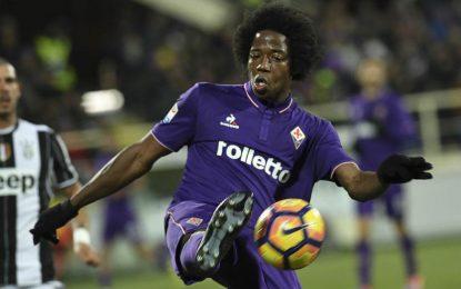 Carlos Sánchez rompe en llanto al conocer muerte del capitán de Fiorentina