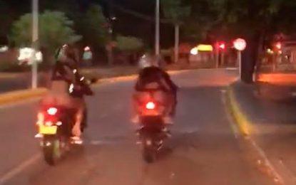 Identifican a conductor de moto que paseó a mujer semidesnuda por las calles Valledupar