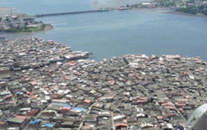 Dinamitan 2 torres de energía y dejan sin luz a Tumaco, Nariño
