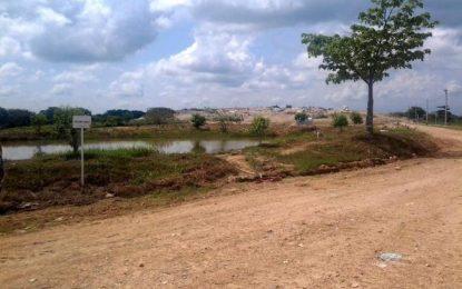 Barriles de petróleo recolectados en tragedia ambiental en la Lizama son vertidos en Aguachica