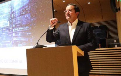 Renuncia el ministro de las TIC, David Luna