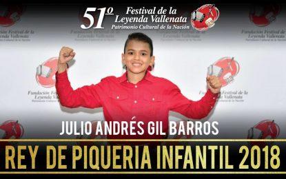 Julio Andrés Gil Barros es coronado como el primer Rey de la Piqueria Infantil