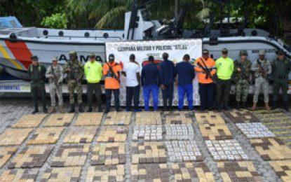 Incautan más de una tonelada de coca en viaje hacia México por el Pacífico colombiano