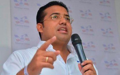 Alcalde de Valledupar se fue de vacaciones al exterior
