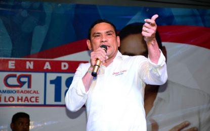 Por sobre costos en contrato de alimentos, imputan cargos al senador electo Didier Lobo