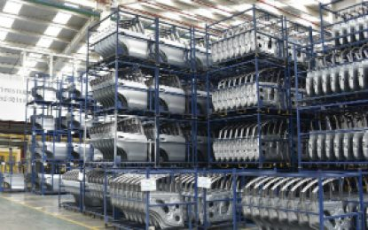 Producción industrial y el comercio repuntaron en abril