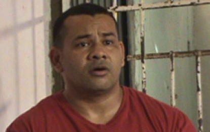 Fuerzas Militares también deben reparar a las víctimas, dice 'El Samario'
