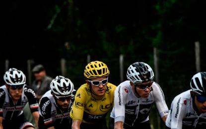 Froome y director del Sky vaticinan que colombiano ganará el Tour de Francia dentro de poco