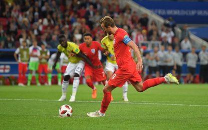 ¡Penalti para Inglaterra! Colombia pierde 1-0