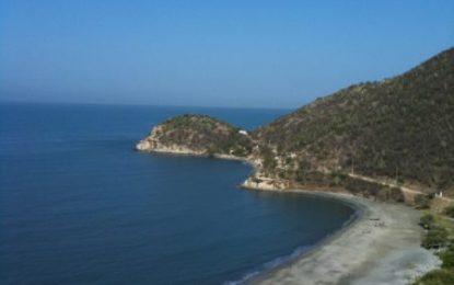 Antigua y Barbuda anunció eliminación del visado de turismo para colombianos