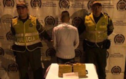 Capturan a escolta de la Unidad de Protección por tráfico de narcóticos