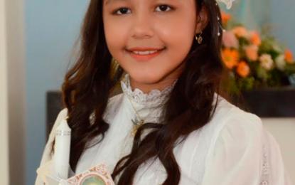 Primera comunión de Mariangel Salazar Perpiñán