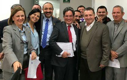 Representante Eliécer Salazar celebra reasignación de $500 mil millones para la educación superior