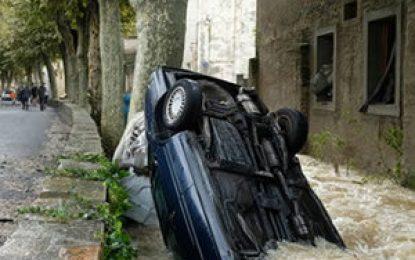 Inundaciones en Francia dejan al menos 13 muertos