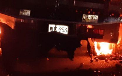 Salimos por una ventana, dice pasajero de bus incinerado en accidente en Cesar