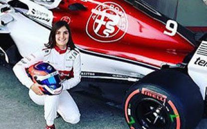 La colombiana Tatiana Calderón, la primera mujer en conducir un Fórmula 1