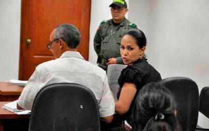 Ordenan cárcel para exalcaldesa de Becerril, Yancy Bueno