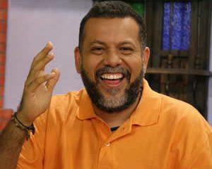 "Padre Linero advirtió: ""Voy a tener una mujer"""